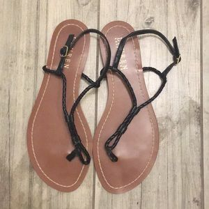 Ralph Lauren Flat Black Thong Sandals Size 7B